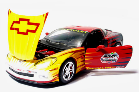 Phillymint Greenlight Collectibles 2006 Corvette Z06 Daytona 500